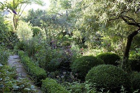 Moleshill House 450 1 - The National Garden Scheme - Find An Open Garden In Surrey